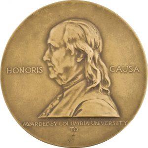 Frontseite einer Pulitzer-Preis-Medaille.